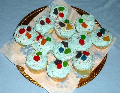 Betty Crocker Decorating Cake Icing Gluten Free : Easy Gluten & Casein Free Cupcakes